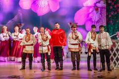 Zhenshina-vesna-2015-036